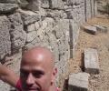 14 Modern Trojan - Old Wall